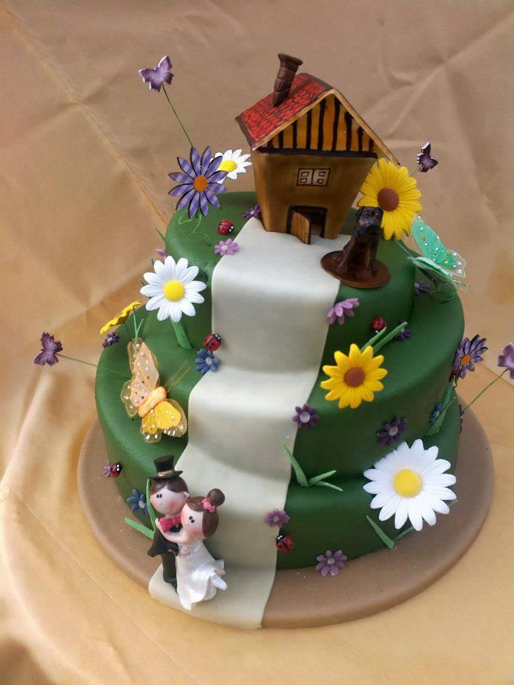 Különleges esküvői torta