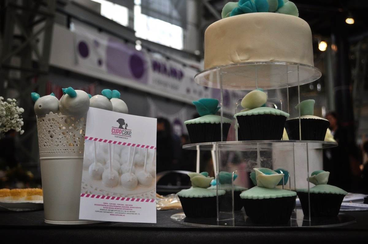 Cuppcake Tortaműhely - Fotó: Gerzsenyi-Raczko Tímea Esküvő Vintage