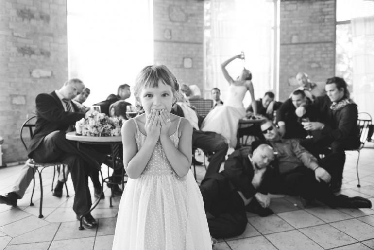 Játék az esküvő