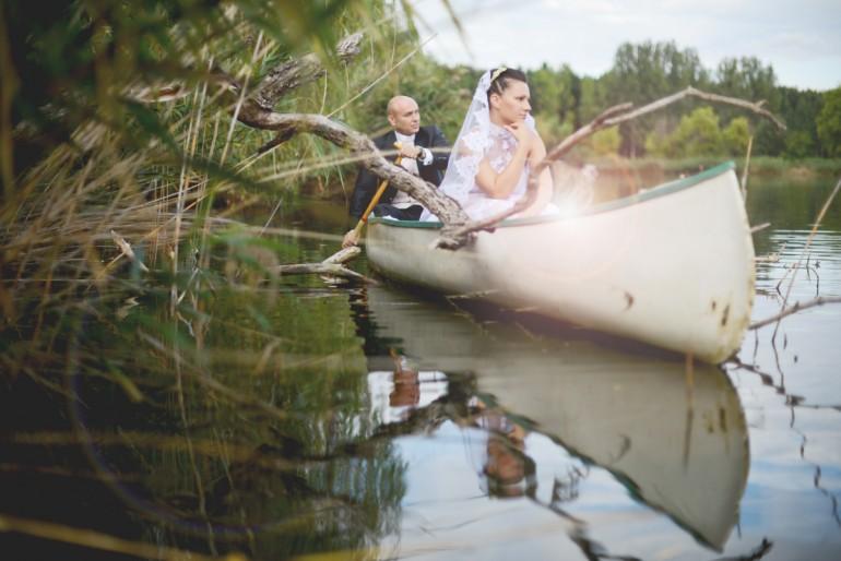 Modern és vintage stílus találkozása Evelin és Laci esküvőjén