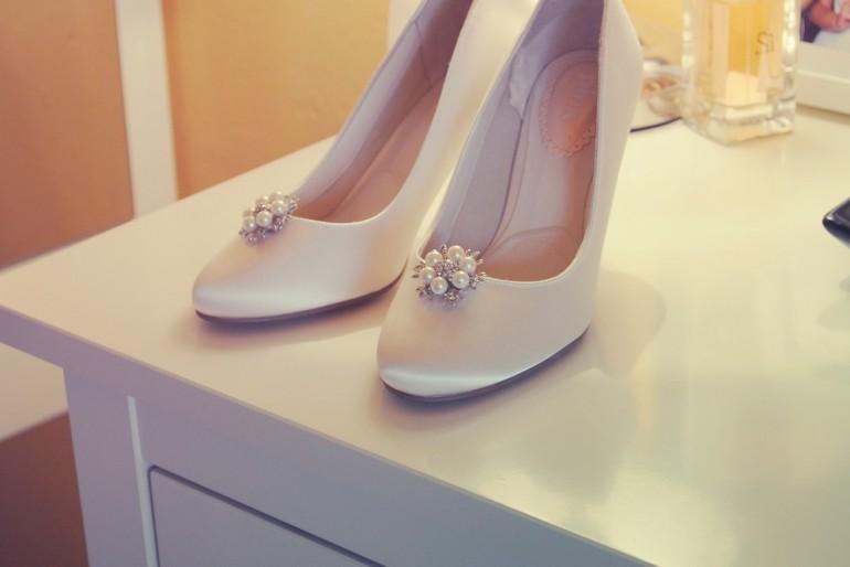 Megvan a menyasszonyi cipő? Törd is be!
