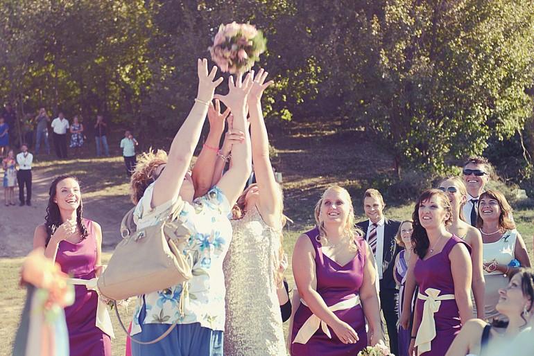 Erre figyelj a menyasszonyi csokor eldobásánál