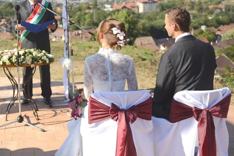 Az esküvői tanú feladata