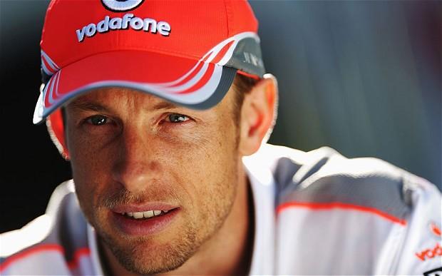 Jenson Button varázslatos Hawaii esküvőt tartott