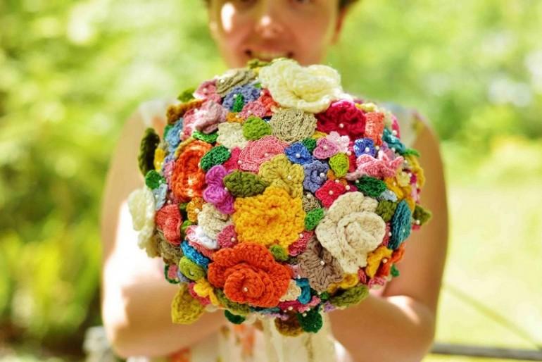 Menyasszonyi csokor virág nélkül