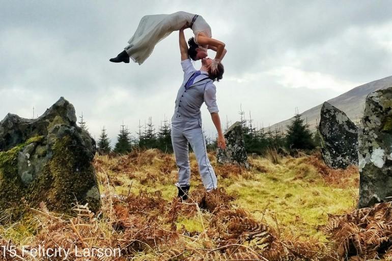 38 esküvő a világ körül – akrobata módra