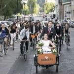 Rendhagyó kerékpáros esküvői menet Budapesten Fotó: Mohai Balázs