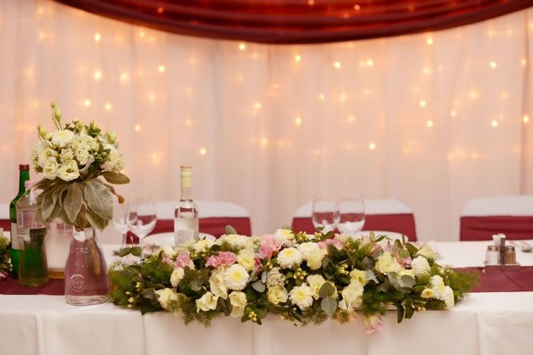 5 dolog, amit nem mondanak el az esküvői színek kiválasztásáról