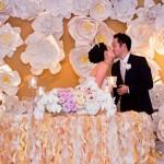 Papírvirág fal esküvőre